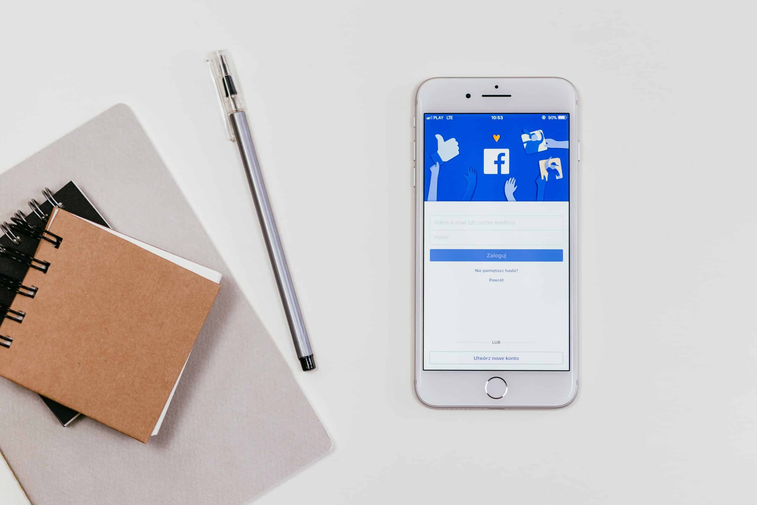 Status Update on Your Facebook Business Page: Nonexistent, Present, or Alive?